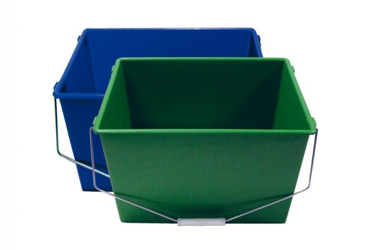 Cubeta de plástico de 16 litros con 2 asas y disponible en 2 colores: azul con rejilla y verde sin rejillas